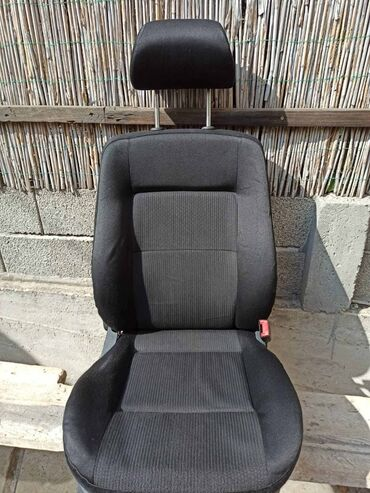 Sediste za decu - Srbija: VW Passat B5 i B5+ komplet sedišta crno-siva kombinacija materijala