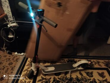 электросамокат бишкек in Кыргызстан | ГИРОСКУТЕРЫ, СИГВЕИ, ЭЛЕКТРОСАМОКАТЫ: Электро самокат redmi m365proСрочно продаю, нужны деньгиМожем