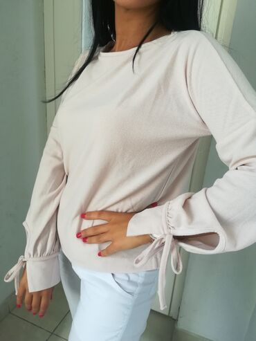 Bluza premekana prelepa nežno rozeExtra model i kvalitet uvoz