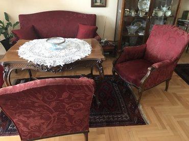 Stilska sofa na prodaju. Antikvitet. - Belgrade
