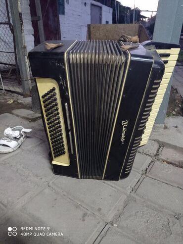 Гармошки - Бишкек: Продаётся акардиён в хорошем состоянии  18000 тысяч