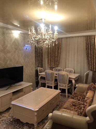 продается 2 х комнатная квартира в Азербайджан: Продается квартира: 3 комнаты, 75 кв. м