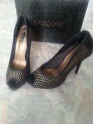 Продаю классные туфли basconi размер 39 одевала всего 1 раз на в Бишкек