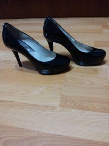 черные-женские-туфли в Кыргызстан: Туфли Michael Korda, б/у в хорошем состоянии Размер 5.5, наш 35.5