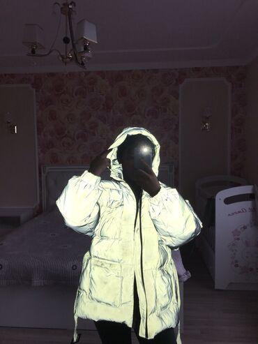 цена жидкого травертина в бишкеке в Кыргызстан: Зимняя светящаяся красивая куртка  new цена 3800