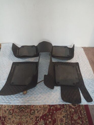 тушь 3d в Кыргызстан: На Мерседес 3D полик + чехол накидка комплект 4000сом окончательно