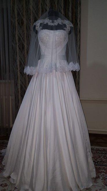 Новое свадебное платье  размер-42 в Бишкек