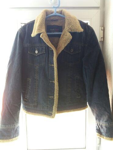 Куртки - Бежевый - Бишкек: Джинсовая утеплённая куртка.Размер-M