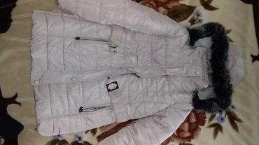 Zimske-jakne - Srbija: Jakna zimsla odgovara velicini S-M. Kupljena ove zime