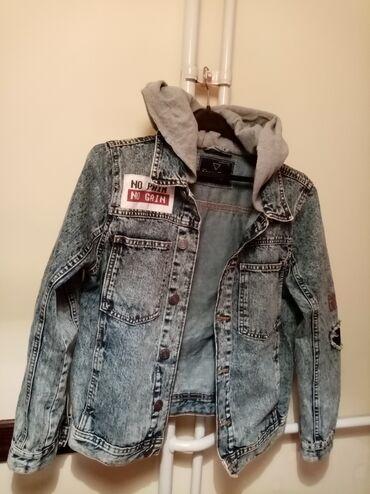 Savršena Zara jaknica teksas M