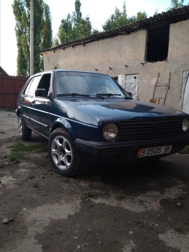 Volkswagen Golf 1989 в Бишкек