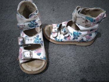 Прдаю ортопедические сандали кожаные. размер 24 покупали за 3500