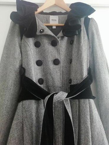 Moschino kaput,veličina 36. Potpuno nov, ni jednom nošem,nema