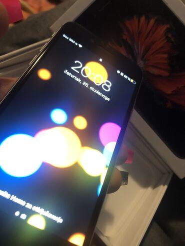 Elektronika - Zrenjanin: Polovni iPhone 6s 16 GB Silver