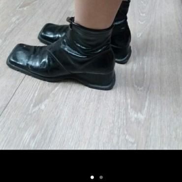 состояние хорошоя в Кыргызстан: Женские туфли 38