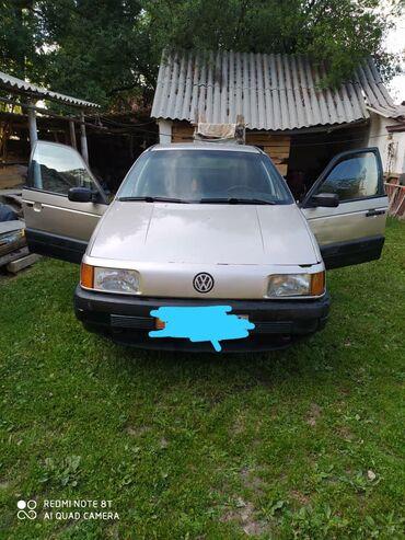 Volkswagen Passat CC 1.8 л. 1988