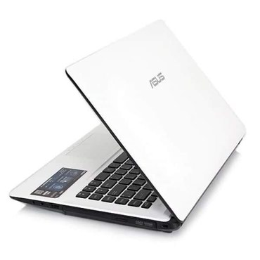 ASUS laptop.. Intel 3 ,4 GB σε Piraeus