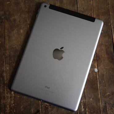 ipad 4 32gb cellular wifi в Кыргызстан: Продаю iPad (5-го поколения) Емкость: 32ГБ A1823 на iPad