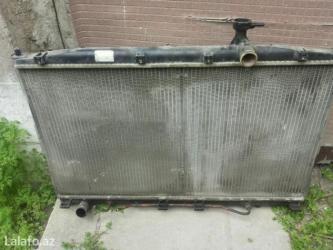 Su radiatorunun ətraf plasstmas-- santafe 2008 il 2. 2 dizel. şəkildə в Bakı