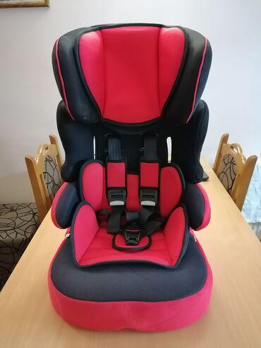 Auto sedište nania 2 u 1 za decu od 9-36 kg. Ocuvano. Naslon za glavu