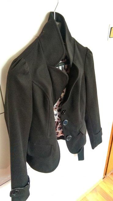 Ženska odeća | Lazarevac: Kratki kaput _________Lep zenski kratki kaputic crne boje, malo