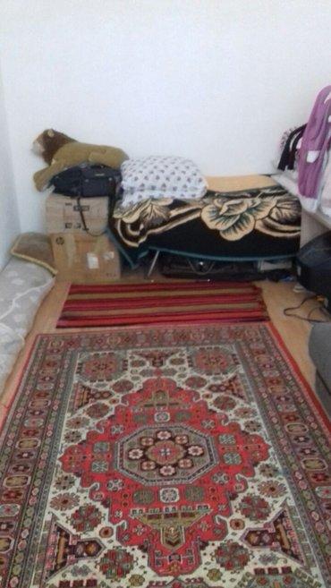 Bakı şəhərində Tecili sahibinden Bineqedi qesebesinde, merkezde iki otaqli ev