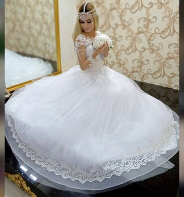 - Azərbaycan: Gelinlik gelinlikler gəlinlik gəlinliklər ag gelinlik sari gelinlik