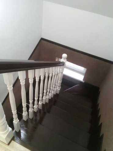 Лестницы,двери из сосны, карагача, дуба гарантия, качество.тел в Кок-Ой