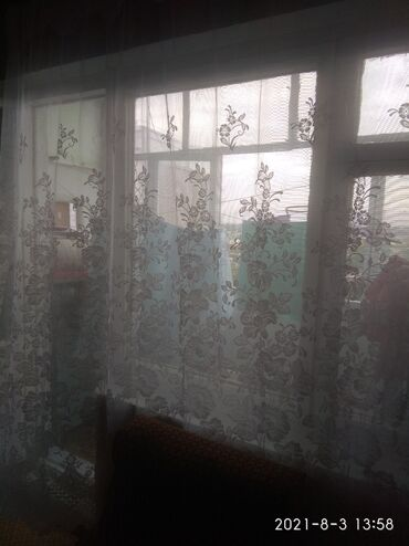Продажа квартир - 3 комнаты - Бишкек: 106 серия, 3 комнаты, 76 кв. м Бронированные двери, Лифт, С мебелью