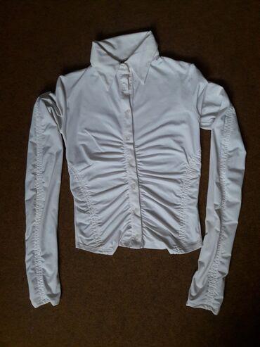 Bela strukirana košulja - bluza ističe struk S 38 PRELEPA BELA KOŠULJA