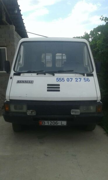 Renault - Бишкек: Renault Master 2.1 л. 1989