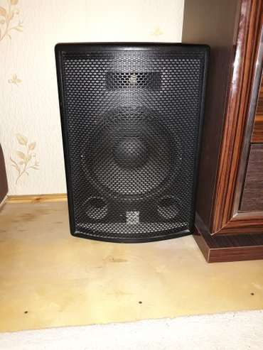 фаер шоу в Азербайджан: Soundking firmasi Kalonka- hündürlüyü 60 sm,eni 42 sm,passivdir,400 vt