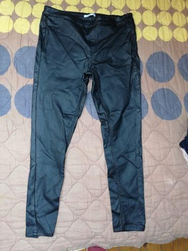 Moderne crne duboke esprit pantalone savrsene za izlazak uradjene su - Novi Sad