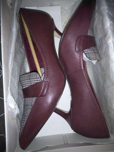 Туфли новые,кожа, Tаmaris, Германия, 38 размер. Цвет- марсала, красное