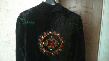 Новое  пальто национальное, вышитое. Размер 46-48.  в Бишкек