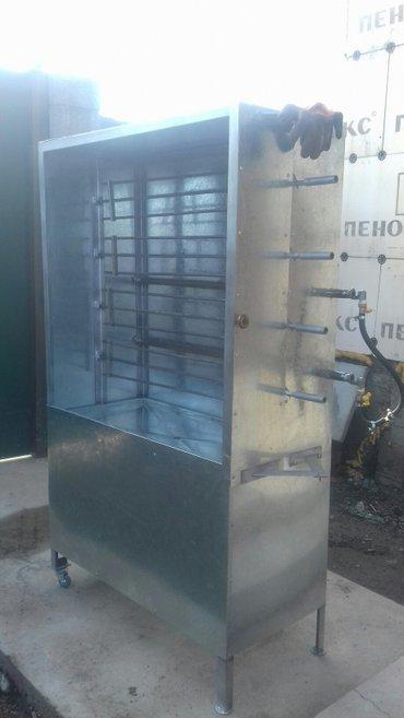 Гриль аппарат жасаймын павильиону менен. в Кок-Ой
