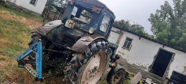 Продаю трактор т40 в хорошем состоянии на ходу пуск с стартера имеется