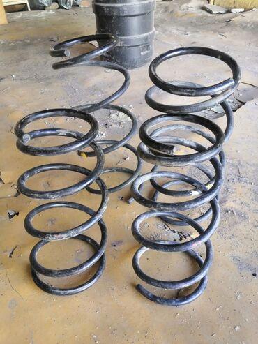 продам пуделя в Кыргызстан: Продаю пружины субару форестер кузов SG5. Цена за весь комплект, 4 шт