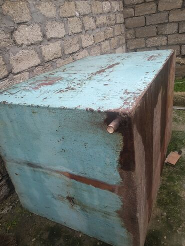demir su cenleri в Азербайджан: Demir cen bağ evleri üçün 1ton yarımlıq cendi qiy. 70 manat