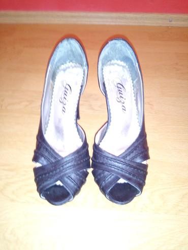 Carape sa prstima - Srbija: Cipele sa otvorom na prstima! Broj 37, ocuvane