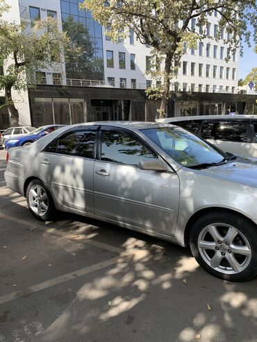 Toyota Camry 2.4 l. 2002 | 189500 km