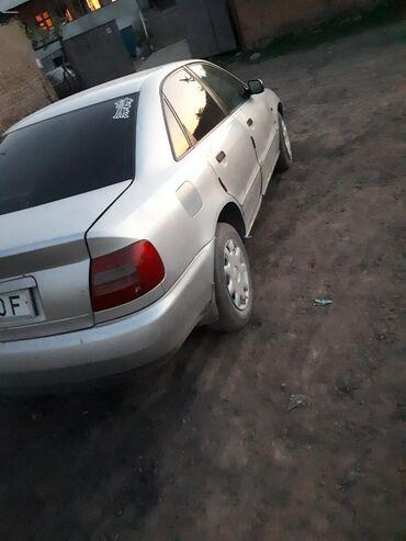 в Кызыл-Кия: Audi A4 1.6 л. 1995 | 335000 км
