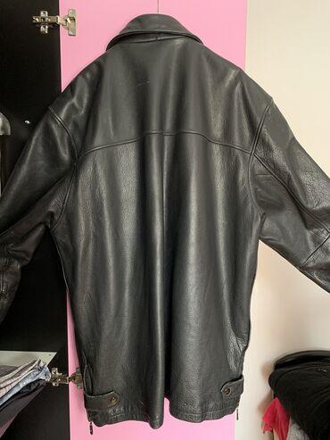 Polovna muška kožna jakna. Prava koža.  dimenzije dužina 85, ramena 56