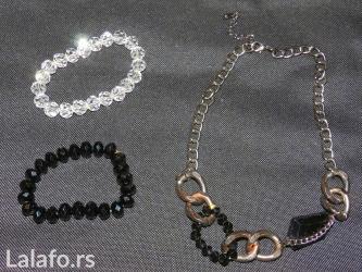 Moderna, elegantna ogrlica u setu sa dve narukvice sa fotografija. - Belgrade