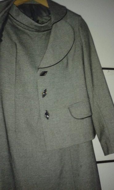 Sumqayıt şəhərində Zakazla tikilen keyfiyyetli kostyum.qisa pencek ve donuyla bir