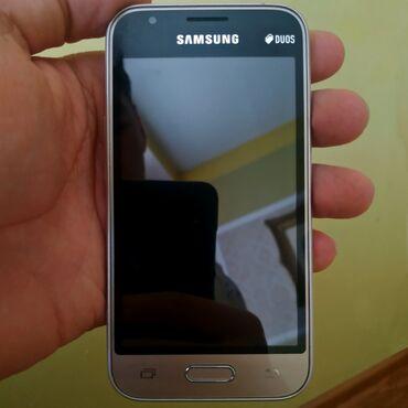 Samsung Galaxy J1 Duos | 8 ГБ | Золотой | Б/у | Сенсорный, Две SIM карты