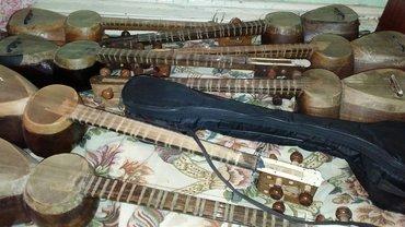 Bakı şəhərində tut ağacından tarlar satılır