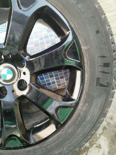 диски на бмв x5 в Кыргызстан: BMW X5, X3, 5 серия, 7 серия. Диски(Оригинал) с резиной в отличном сос