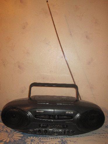 колонка-жбл-бумбокс в Кыргызстан: Продаю бумбокс SHARP mod. WQ - CD220 в отличном состоянии
