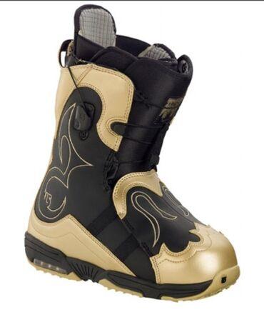Сноуборды - Кыргызстан: Продаю новые ботинки для сноуборда «Burton Iroc» золотые и чёрные,обе